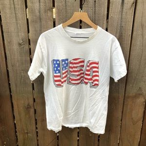 Vintage 90s Men's USA T-shirt